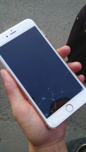苹果6splus摔坏图片 最美图片网